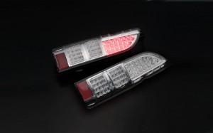 Type4 LEDテールランプ ハイエース 4型ルック クリア ダイナスティ