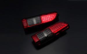 Type4 LEDテールランプ ハイエース 4型ルック レッドスモーク ダイナスティ